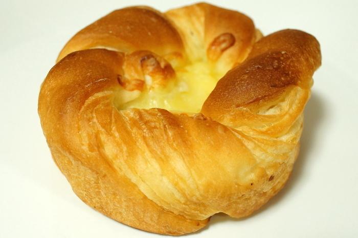 もちっと食感!香ばしチーズのパン